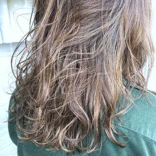 外国人風カラー ナチュラル グラデーションカラー ブリーチ ヘアスタイルや髪型の写真・画像