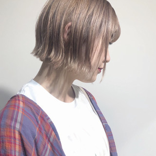 アンニュイほつれヘア ミニボブ 透明感 外国人風カラー ヘアスタイルや髪型の写真・画像