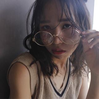 外国人風 ハイライト ミディアム ゆるふわ ヘアスタイルや髪型の写真・画像