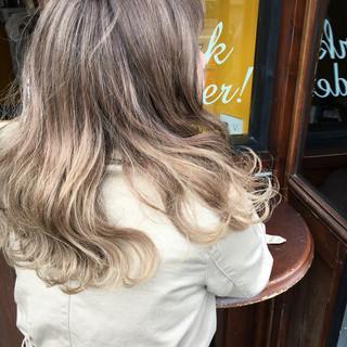 ロング アッシュ 外国人風カラー グレージュ ヘアスタイルや髪型の写真・画像