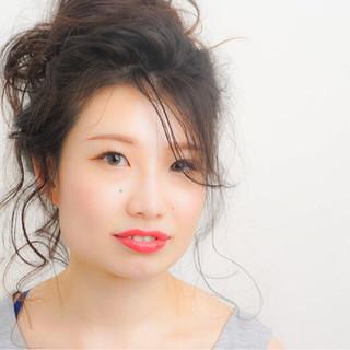お団子 フェミニン 簡単ヘアアレンジ ゆるふわ ヘアスタイルや髪型の写真・画像