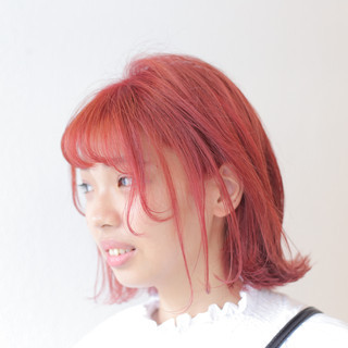 ストリート 外国人風カラー 透明感カラー レッドカラー ヘアスタイルや髪型の写真・画像
