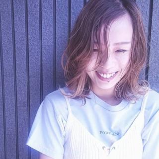 ミディアム 外国人風 アッシュ グラデーションカラー ヘアスタイルや髪型の写真・画像