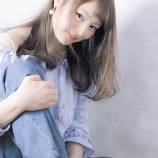 大人かわいい セミロング 色気 ストレート ヘアスタイルや髪型の写真・画像