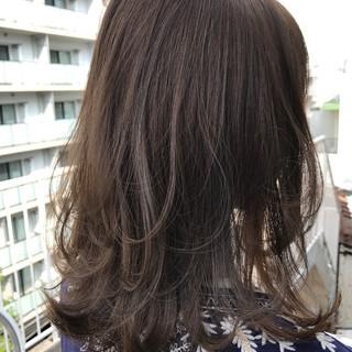グレージュ 透明感 秋 ワンカール ヘアスタイルや髪型の写真・画像