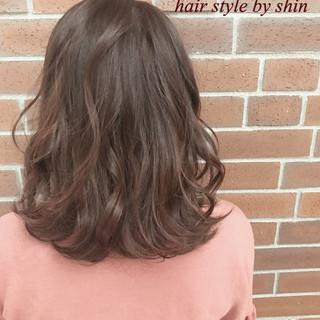 ボブ 冬 外国人風 ナチュラル ヘアスタイルや髪型の写真・画像 ヘアスタイルや髪型の写真・画像