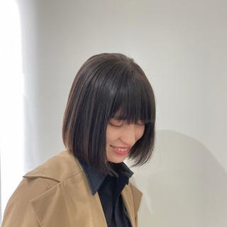モード 切りっぱなしボブ ショートヘア ミニボブ ヘアスタイルや髪型の写真・画像