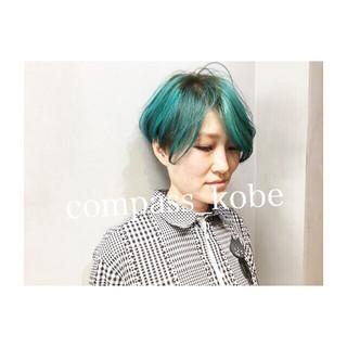 ブルー 抜け感 ネイビーアッシュ ストリート ヘアスタイルや髪型の写真・画像 ヘアスタイルや髪型の写真・画像