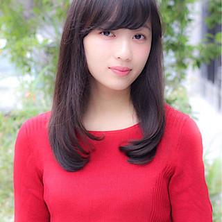 野﨑 小知子さんのヘアスナップ