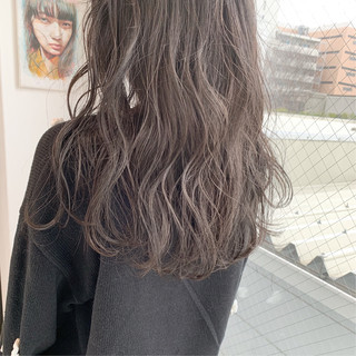 大人かわいい 外国人風カラー パーマ ナチュラル ヘアスタイルや髪型の写真・画像 ヘアスタイルや髪型の写真・画像