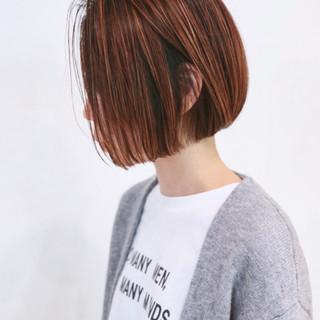 インナーカラー ミニボブ ハイライト ストリート ヘアスタイルや髪型の写真・画像