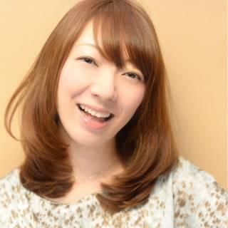 卵型 ミディアム モテ髪 大人かわいい ヘアスタイルや髪型の写真・画像