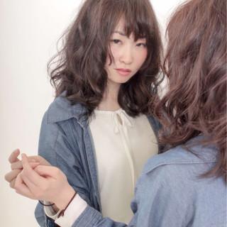 セミロング ゆるふわ ピュア 大人かわいい ヘアスタイルや髪型の写真・画像