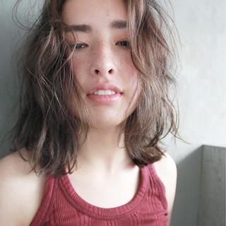 ラフ フレンチセピアアッシュ パーマ 外国人風 ヘアスタイルや髪型の写真・画像