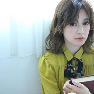 ゆるふわ グラデーションカラー パーマ ガーリー ヘアスタイルや髪型の写真・画像
