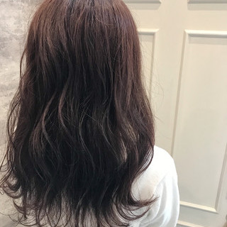 ブリーチ イルミナカラー セミロング バレイヤージュ ヘアスタイルや髪型の写真・画像
