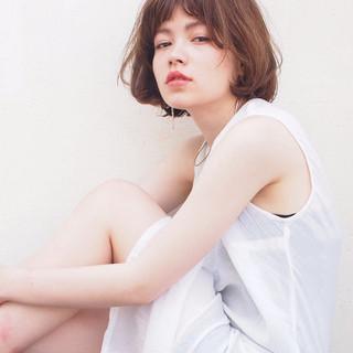 レイヤーカット 前髪あり ストリート 外国人風 ヘアスタイルや髪型の写真・画像