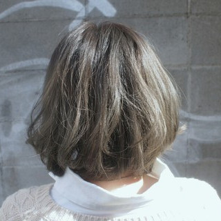 ボブ アッシュ グレージュ グラデーションカラー ヘアスタイルや髪型の写真・画像
