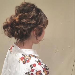 大人かわいい ヘアアレンジ 波ウェーブ ナチュラル ヘアスタイルや髪型の写真・画像