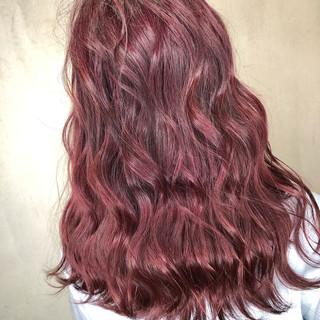 赤髪 ヘアアレンジ ピンク ボルドー ヘアスタイルや髪型の写真・画像