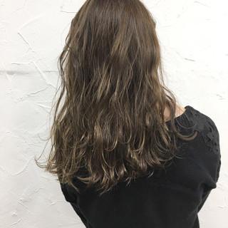 デート ラベンダーアッシュ セミロング 透明感 ヘアスタイルや髪型の写真・画像 ヘアスタイルや髪型の写真・画像