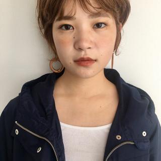 小顔ショート ブラウンベージュ ショートヘア ハンサムショート ヘアスタイルや髪型の写真・画像