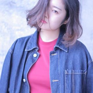 暗髪 ストリート フェミニン グラデーションカラー ヘアスタイルや髪型の写真・画像