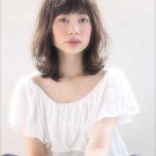 パーマ ガーリー ミディアム 外国人風 ヘアスタイルや髪型の写真・画像