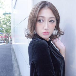 大人かわいい ミディアム 秋 エレガント ヘアスタイルや髪型の写真・画像
