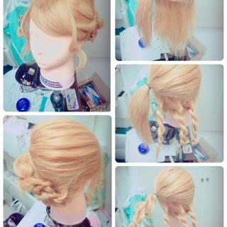 大人かわいい フェミニン ヘアアレンジ ねじり ヘアスタイルや髪型の写真・画像