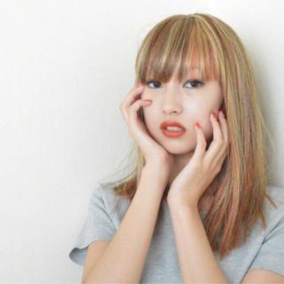 ストレート メッシュ 外国人風 ロング ヘアスタイルや髪型の写真・画像