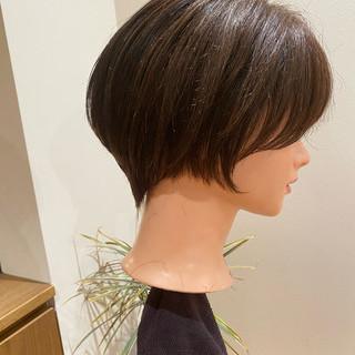 ショート フェミニン ショートボブ 小顔ショート ヘアスタイルや髪型の写真・画像