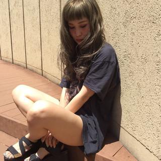 夏 ストリート ウェーブ アッシュ ヘアスタイルや髪型の写真・画像