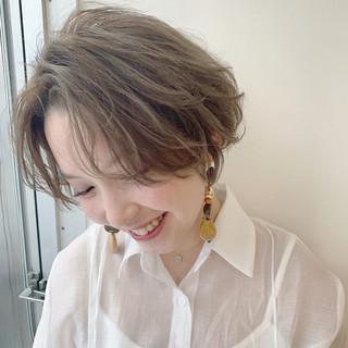 簡単スタイリング ナチュラル デート センターパート ヘアスタイルや髪型の写真・画像