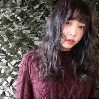 外国人風 アッシュ ストリート ハイライト ヘアスタイルや髪型の写真・画像