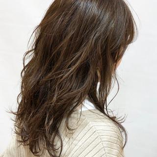 大人かわいい セミロング レイヤー デート ヘアスタイルや髪型の写真・画像