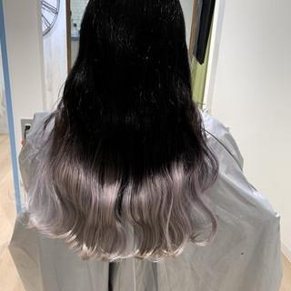 グラデーションカラー リアルサロン 圧倒的透明感 エレガント ヘアスタイルや髪型の写真・画像