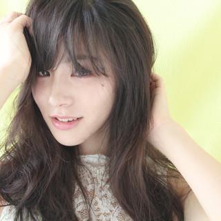 大人かわいい セミロング くせ毛風 フェミニン ヘアスタイルや髪型の写真・画像