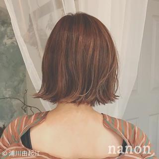 ボブ アウトドア インナーカラー ナチュラル ヘアスタイルや髪型の写真・画像