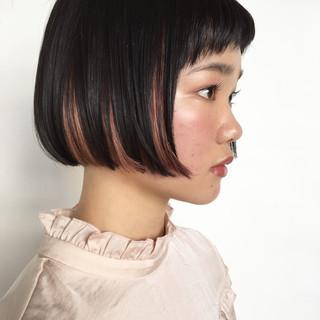 ブリーチ ショートボブ ピンク インナーカラー ヘアスタイルや髪型の写真・画像