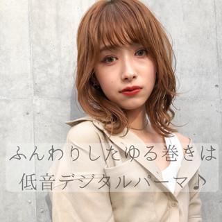 アンニュイほつれヘア パーマ インナーカラー 大人かわいい ヘアスタイルや髪型の写真・画像