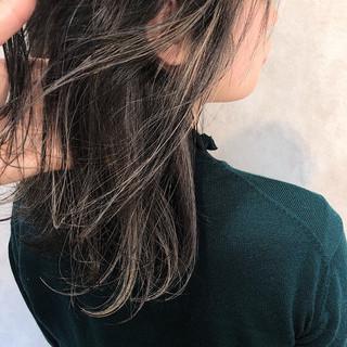 ミディアム 外国人風 エレガント グレージュ ヘアスタイルや髪型の写真・画像