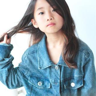 ブリーチ ロング ナチュラル インナーカラー ヘアスタイルや髪型の写真・画像