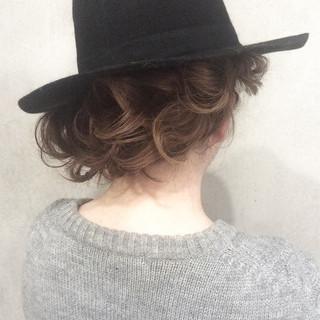 ボブ ショート ねじり 外国人風 ヘアスタイルや髪型の写真・画像 ヘアスタイルや髪型の写真・画像