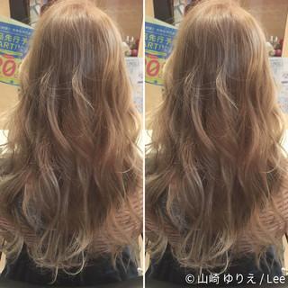 ガーリー ロング ゆるふわ アッシュ ヘアスタイルや髪型の写真・画像 ヘアスタイルや髪型の写真・画像