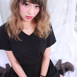 くすみカラー グラデーションカラー ブリーチ 外国人風 ヘアスタイルや髪型の写真・画像