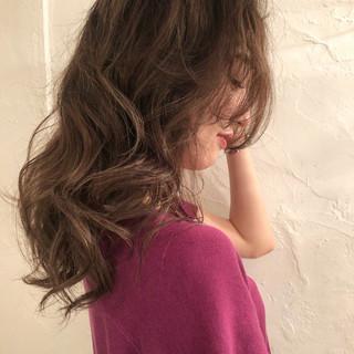 エレガント デート 外国人風カラー ツヤ髪 ヘアスタイルや髪型の写真・画像