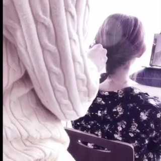 ミディアム 二次会 フェミニン こなれ感 ヘアスタイルや髪型の写真・画像