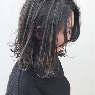 イルミナカラー 外ハネ ハイライト 大人かわいい ヘアスタイルや髪型の写真・画像