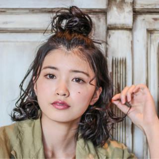ミディアム ヘアアレンジ デート イルミナカラー ヘアスタイルや髪型の写真・画像